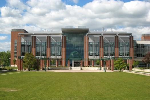 SUNY Geneseo – ngôi trường hạng nhất trên bảng xếp hạng dành cho sinh viên quốc tế tại Mỹ