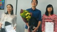 Với kết quả thi IELTS đạt 8,5, Vũ Đình Hùng trở thành người đầu tiên của Việt Nam giành giải thưởng trị giá 400 triệu đồng của Hội đồng Anh....