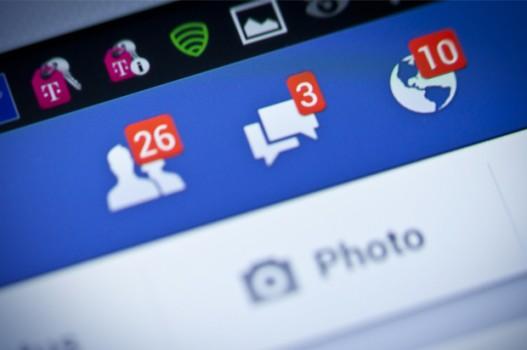 Một tỷ người dùng Facebook mỗi ngày – Học qua tin