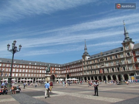 Du lịch bụi một mình của du học sinh ở Madrid