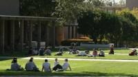Chi phí học đại học có thể thay đổi vào mỗi năm ứng với mỗi bang tại Mỹ, có thể chi phí tại bang này thấp hơn bang kia để...