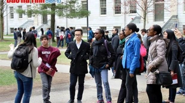 Nam sinh Hà Tĩnh giành học bổng Harvard với điểm sát hạch tuyệt đối