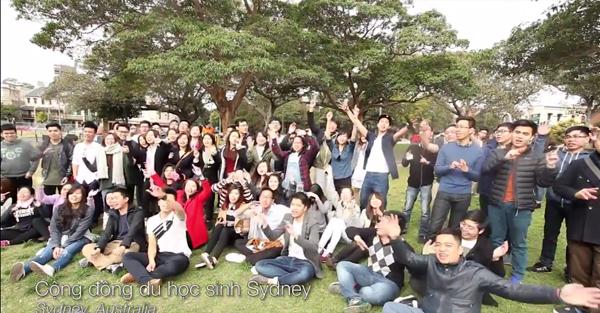 DHS Việt khắp thế giới hát My Kool Việt Nam hướng về Tổ quốc