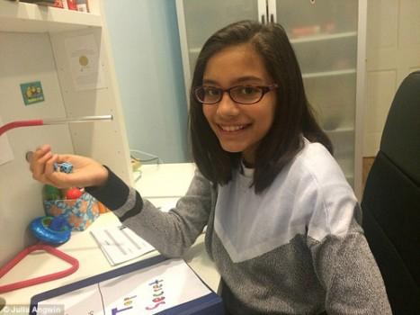 Nữ sinh 11 tuổi kinh doanh mật khẩu 2 đô la