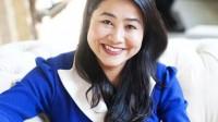 Từ tấm thiệp giấy xoắn mua tặng người thân, chị Diễm Hương nảy ra ý tưởng phân phối sản phẩm tại Mỹ mà không ngờ món đồ handmade này lại...