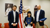 Là trưởng nhóm thảo luận của đoàn đại biểu Việt Nam tham dự tàu Thanh niên Đông Nam Á – Nhật Bản 2015, chủ nhân dự án 'Phao trong lũ',...