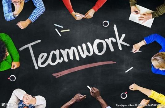 """Làm thế nào để """"teamwork"""" với sinh viên quốc tế thật hiệu quả?"""