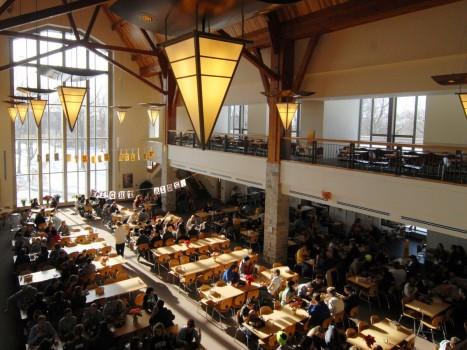 20 trường đại học phục vụ bữa chất lượng cho sinh viên