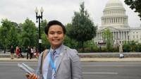 23 tuổi, chàng SV năm 4 Phạm Nguyễn Đăng Trình đã xuất sắc ở cương vị điều hành của nhiều tổ chức: Chủ tịch quỹ Phi Beta Delta cho các...