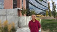 GS. TS Trương Nguyện Thành, khoa Hóa học, đại học Utah Mỹ là một chuyên gia hàng đầu thế giới trong lĩnh vực hóa tính toán và phát triển hạ...
