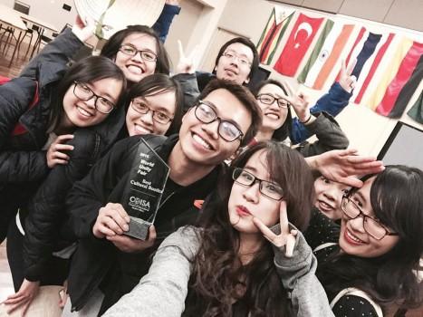 Giải quán quân Cultural booth tại Colorado State University năm 2015 thuộc về Hội sinh viên Việt Nam (VSA-CSU)