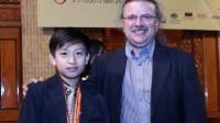 Đỗ thủ khoa CĐ nghệ thuật Hà Nội (2009), thủ khoa Học viện Âm nhạc QG Việt Nam (2013), Ngô Hoàng Long xuất sắc được 3 trường trung học Mỹ...
