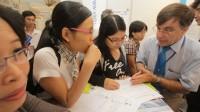 """Câu hỏi """"Vì sao 13 cháu du học, 12 cháu không về?"""" của đại biểu Quốc hội Nguyễn Ngọc Hòa (TP HCM) sáng 2/11 tại diễn đàn Quốc hội một..."""