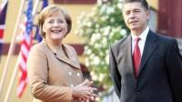 Thủ tướng Đức Angela Merkel, người vừa được tạp chí Time chọn làm nhân vật của năm 2015, là một nhà khoa học yêu bóng đá, một đầu bếp giỏi...