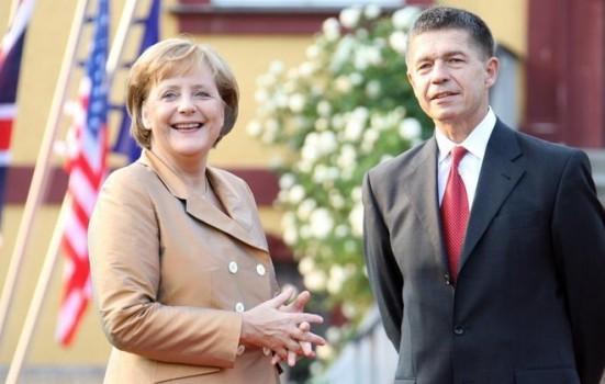 13 sự thật ít biết về 'Nhân vật của năm' Angela Merkel