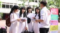 Bạn có bao giờ thắc mắc sinh viên Mỹ khác gì so với sinh viên Việt Nam chúng ta chưa? Cùng hỏi thăm sinh viên Mỹ về những vấn đề...