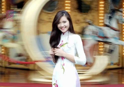 Thí sinh Miss du học sinh khoe vẻ xinh đẹp, rạng rỡ trong bộ ảnh chung kết
