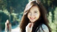 Học song ngành nhưng Phạm Thị Hải Yến vẫn giành được 2 tấm bằng cử nhân loại giỏi của Đại học Hà Nội, sau đó 'ẵm' thêm học bổng toàn...