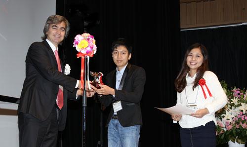 Sinh viên Việt Nam giành giải cuộc thi thiết kế giao thông quốc tế