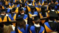 Hiện các bạn trẻ sau khi tốt nghiệp đại học sau 16 năm đèn sách (12 năm phổ thông + 4 năm đại học) thường sẽ phải đứng trước ngã...