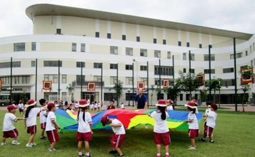Việt Nam mất 3 tỷ USD mỗi năm cho du học