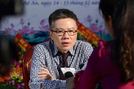 GS Ngô Bảo Châu : 'Tuổi trẻ nhiều lựa chọn nên chênh vênh hơn'