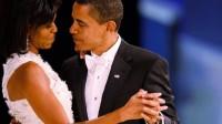 Barack Obama và Michelle Obama được biết đến là một trong những cặp vợ chồng quyền lực nhất thế giới. Trong khi chồng là tổng thống Hoa Kỳ thì vợ...