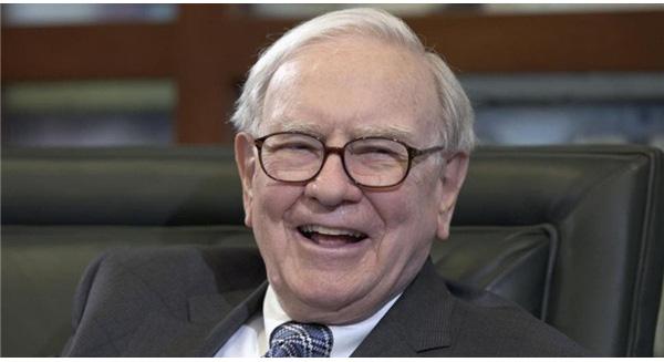 """Warren Buffett: """"Đừng than khóc nữa, nước Mỹ vẫn ổn!"""""""