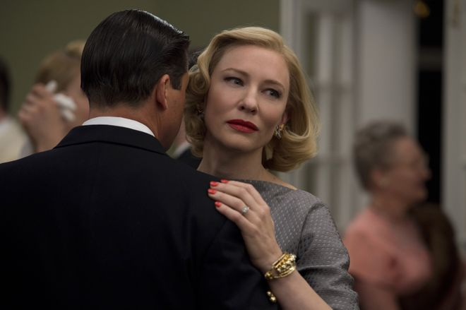 """This photo provided by The Weinstein Company shows, Kyle Chandler, left, as Harge Aird, and Cate Blanchett as Carol Aird in a scene from the film, """"Carol."""" The movie opened in U.S. theaters on Nov. 20, 2015. (Wilson Webb/The Weinstein Company via AP) ORG XMIT: CAET299"""