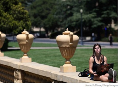 Những trường đại học nổi tiếng 'siết đầu vào' ở Mỹ