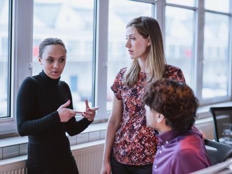 10 công ty tốt nhất cho sự thăng tiến của phụ nữ