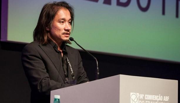Charlie Tôn Quý: Từ Hai Bàn Tay Trắng Tới 'Vua' Nail Trên Đất Mỹ