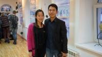 Sinh ra trong gia đình dân tộc Mường, kinh tế khó khăn, nhưng anh em Đinh Xuân Trường, Đinh Tuyết Chinh luôn có kết quả học tập xuất sắc, nhận...