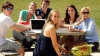 Các du học sinh nên tận dụng tất cả cơ hội để có thể tham gia tích cực vào thảo luận nhóm cũng như hoàn thành các dự án. Môi...