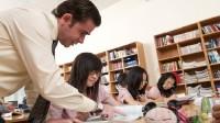 Công cuộc cải thiện kĩ năng viết tiếng Anh vô cùng vất vả và tốn nhiều thời gian, nhưng việc luyện tập thường xuyên sẽ mang đến cho bạn những...