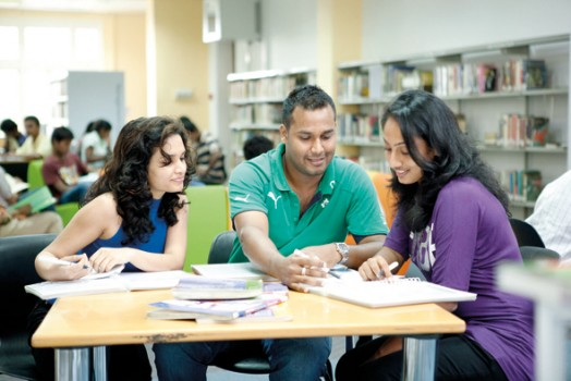 Bài Luận Đã Giúp Cô Học Sinh Trung Học Đậu vào 5 Trường Trong Liên Đoàn Đại Học Ivy League Và Stanford
