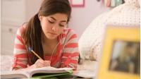 Các du học sinh lần đầu tiên nộp đơn xin nhập học các trường Đại học Mỹ có thể sẽ gặp nhiều khó khăn. Những người lạ sẽ đọc đơn...