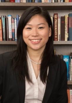 Cô gái 9X gốc Việt mang lớp học Harvard về Việt Nam