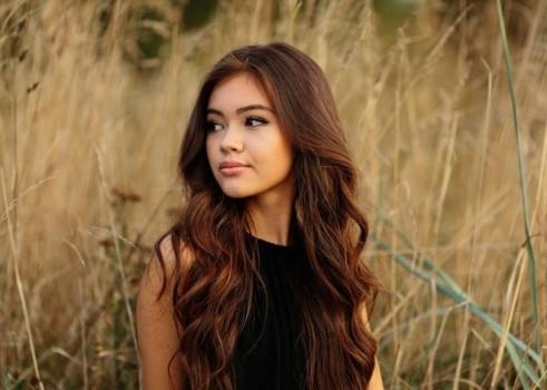 Cô gái gốc Việt xinh đẹp nổi tiếng cộng đồng mạng