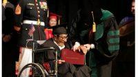 Sau hơn 60 năm bỏ lỡ, cụ ông Alfonso Gonzales ở Mỹ đã nhận được tấm bằng đại học ở tuổi 96. Ông được ghi nhân là người già nhất...