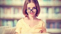 """1. Đừng học """"Tiếng Anh Giao tiếp"""" Hãy bắt đầu bằng cách dành thời gian và công sức để học thật chắc ngữ pháp và phát âm. Cái cây nào..."""