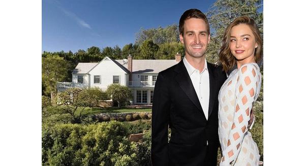 Cuộc sống trong mơ của một CEO: người yêu là Thiên thần Victoria's Secret, giờ lại mua thêm một căn nhà 12,5 triệu USD