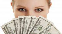 Những người không có đủ điều kiện để hoàn tất chương trình đại học vẫn có thể kiếm được thu nhập tốt ở Mỹ. Cục Thống kê Lao động Mỹ...