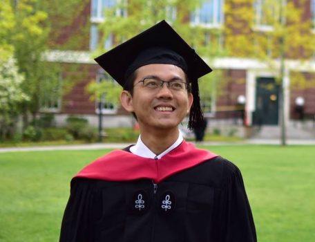 Bài luận nộp Đại Học Mỹ của Trương Phạm Hoài Chung năm 2004.