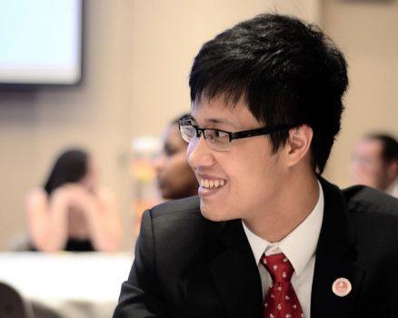 Nguyễn Hoàng Khánh – Học vị tiến sĩ và giải Ig Nobel về chim cánh cụt