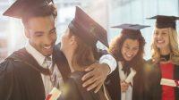 Nếu trước đây, học sinh phải theo lộ trình tốt nghiệp PTTH và mất 4-6 năm để có bằng cử nhân thì hiện nay có thể rút ngắn thời gian...