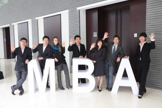 Apply MBA Mỹ – Còn cần gì ngoài một hồ sơ đẹp?