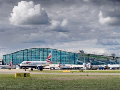 16 sân bay nhộn nhịp nhất thế giới