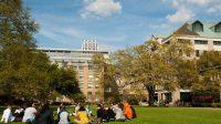 Khối trường Ivy League của Mỹ – Brown, Columbia, Cornell, Dartmouth, Harvard, Princeton, Đại học Pennsylvania, và Yale – nổi tiếng là những trường có chuẩn đầu vào vô cùng...