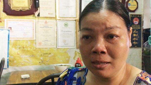 Chị lao công trào nước mắt kể về con gái được học bổng 7 tỉ của Harvard